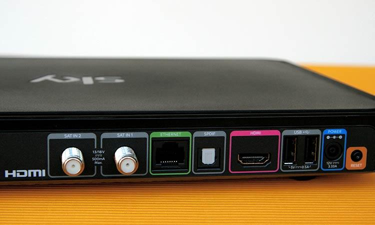Sky+ Pro UHD-Festplattenreceiver Rückseite