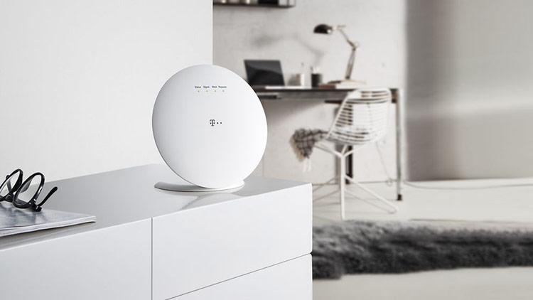 Telekom WLAN Pakete - Speed Home WiFi Gerät im Wohnzimmer
