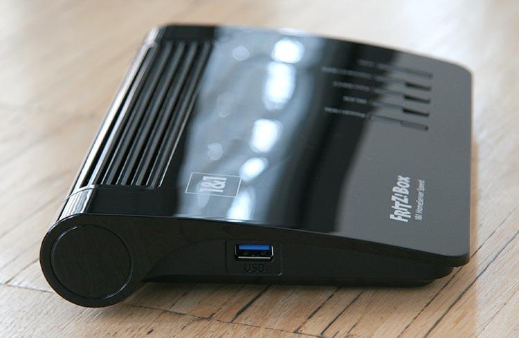 1&1 HomeServer+ USB-Anschluss